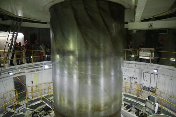 Abbildung 9: Die Welle einer Turbine im dritten Maschinenhaus. Quelle: Hillringhaus 2016